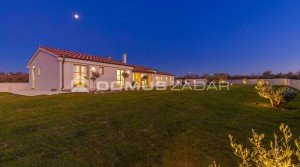 07-house-with-pool-zadar-dalmatia